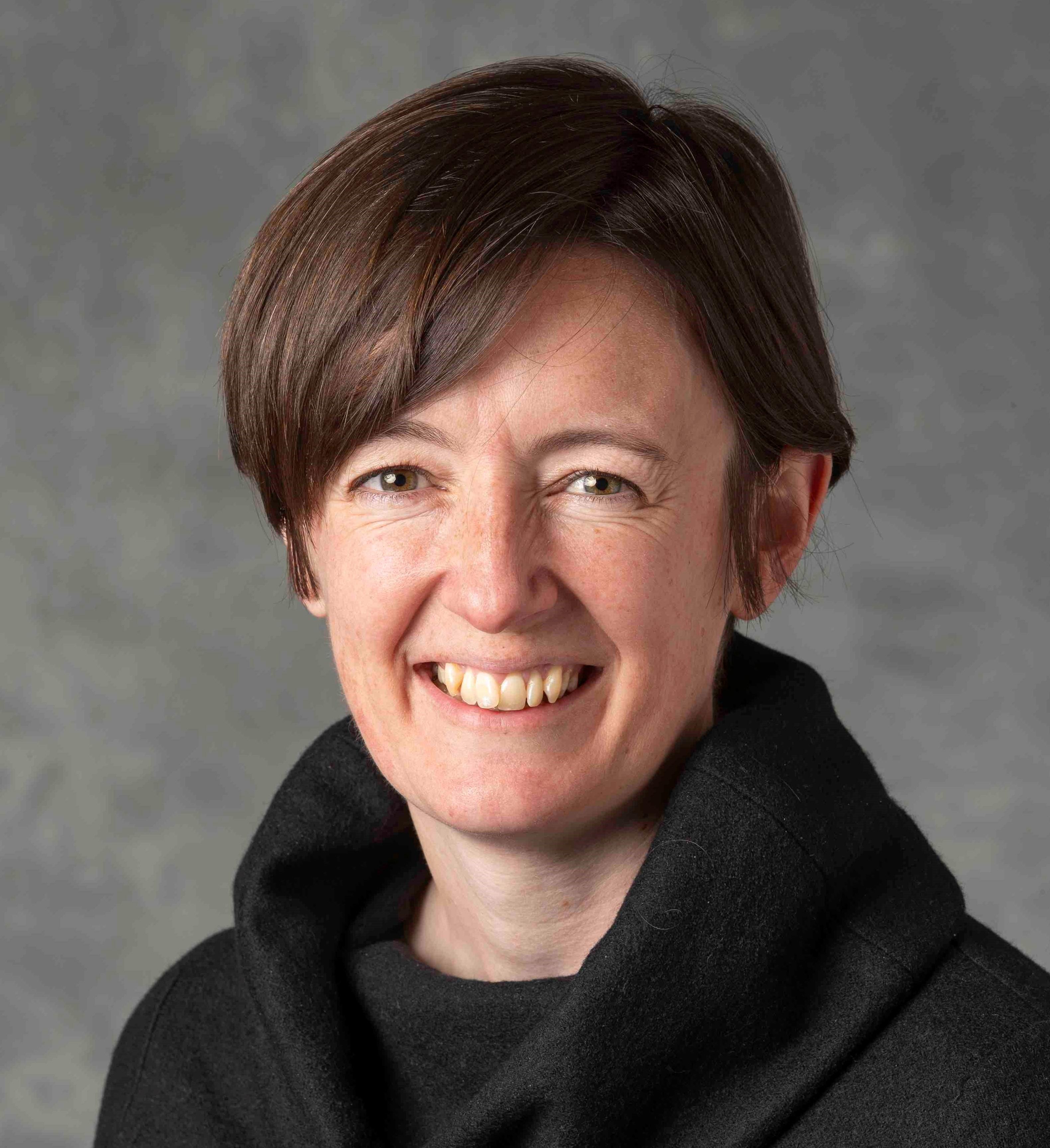 Dr Alison E Hicks
